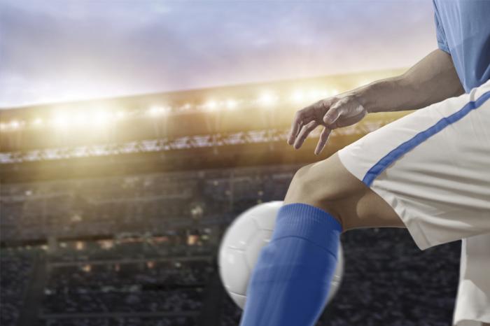 dolor-intenso-rodilla-futbol-2