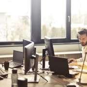 ¿Cómo mejorar nuestra higiene postural en el trabajo?