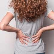 ¿Por qué me duele la espalda?