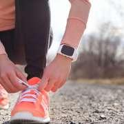 ¿Cómo atarse los cordones para evitar una tendinitis en el pie, en la zona del empeine?